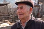 На Закарпатті 82-річний чоловік ще досі займається вівчарством